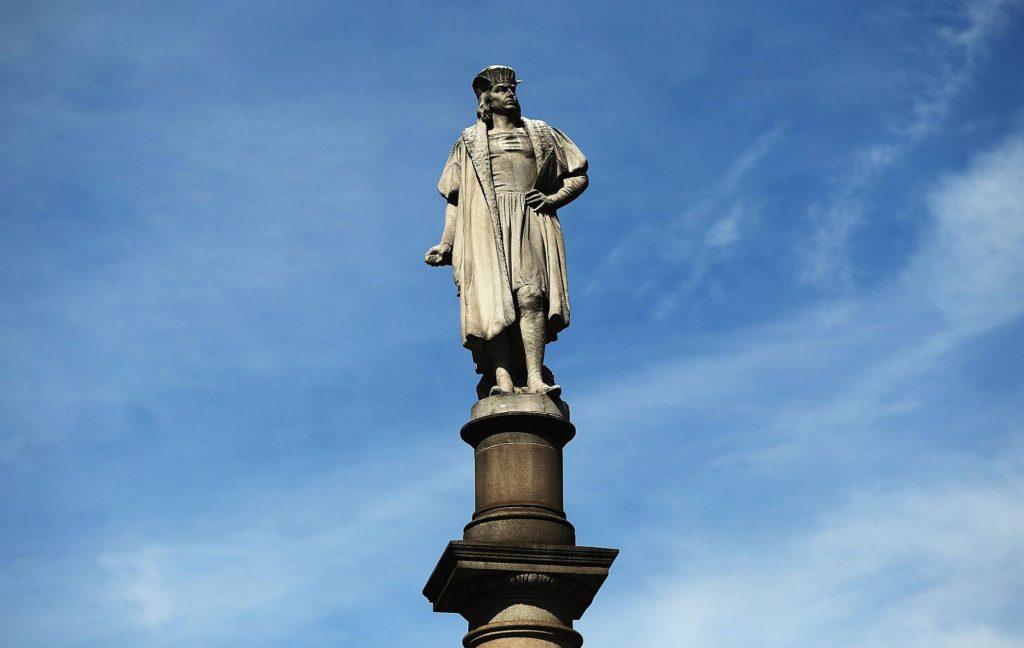 """Los Ángeles retira una estatua de Colón: """"No hay que celebrar al responsable de un genocidio"""""""