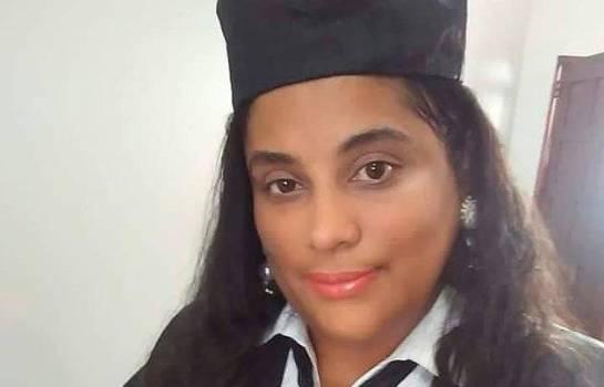 Salió del país la fiscal investigada por poner drogas en Villa Vásquez