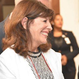 """Embajadora EU espera elecciones sean """"justas, libres y transparentes"""""""
