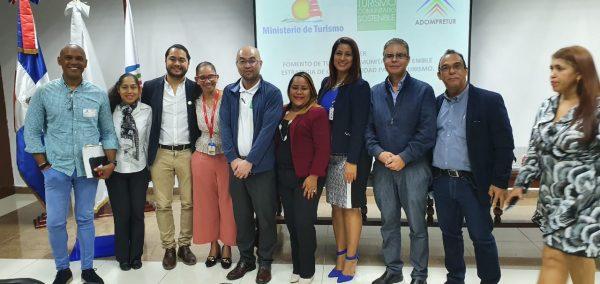 """ADOMPRETUR con exitoso taller """"Fomento del Turismo Comunitario Sostenible"""" de la mano con MITUR y la JICA."""