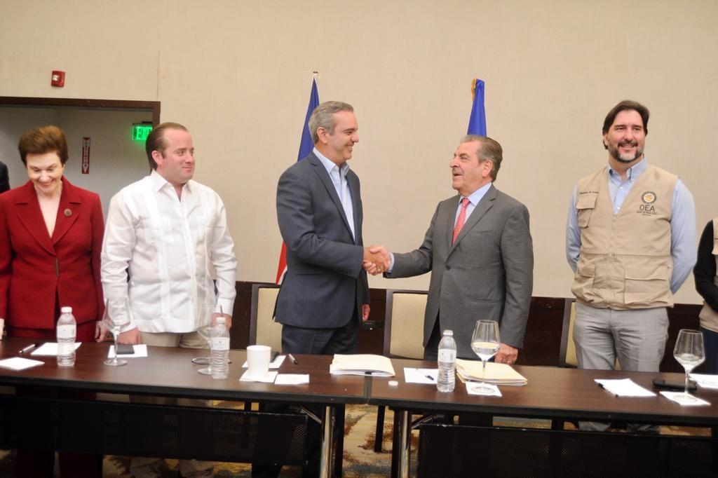 PRM presenta a misión de la OEA observaciones y propuestas para mejorar elecciones del domingo y de mayo