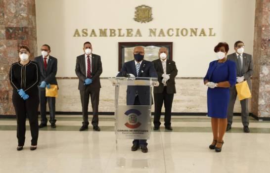 Diputados del PRM acusan a Salud Pública de utilizar ruedas de prensa como tribuna de campaña política