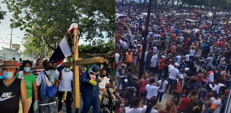 Personas con COVID-19 participaron en manifestación de Puerto Plata