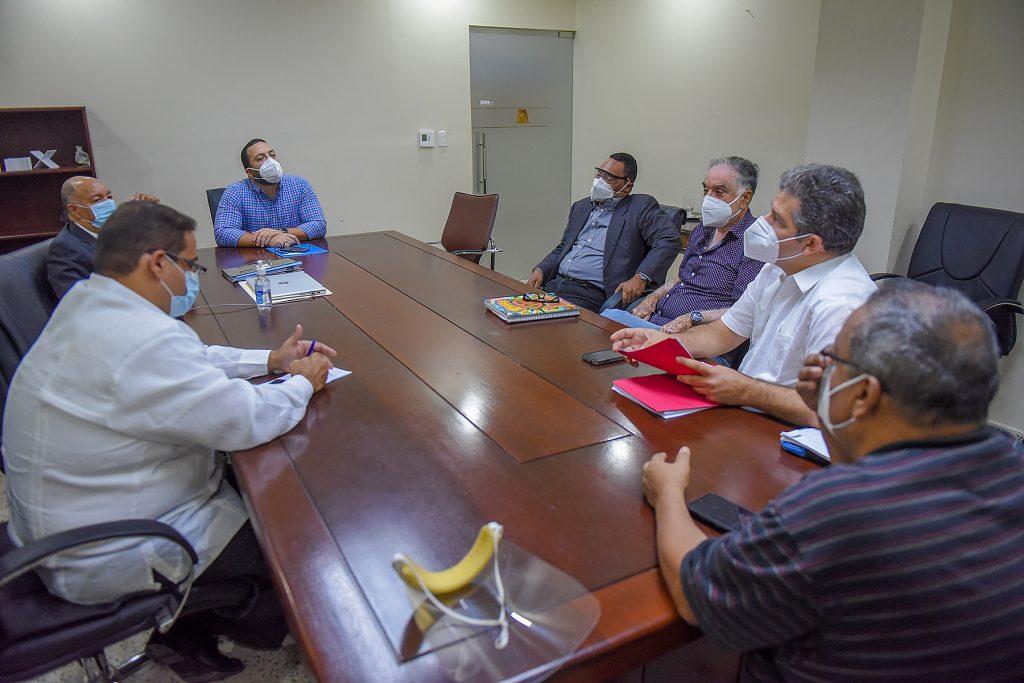 Director de CODOPESCA se reúne con representantes del sector pesquero del país para dinamizar la acuicultura nacional
