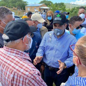 Ministro de Agricultura informa que su despacho estará en los campos y donde quiera que los productores lo necesiten.