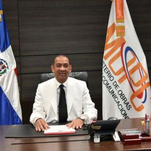 Deligne Ascención dispone medidas de austeridad y transparencia en MOPC