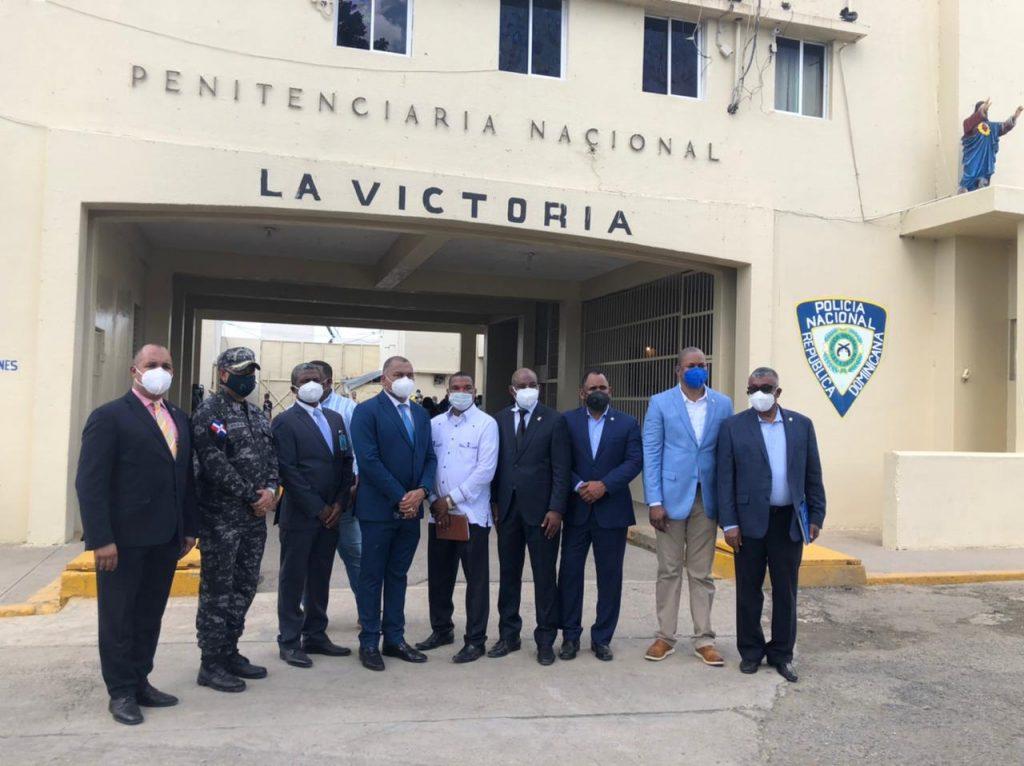 Diputados y Procuraduría tratan situación de violación derechos humanos en Penal de La Victoria