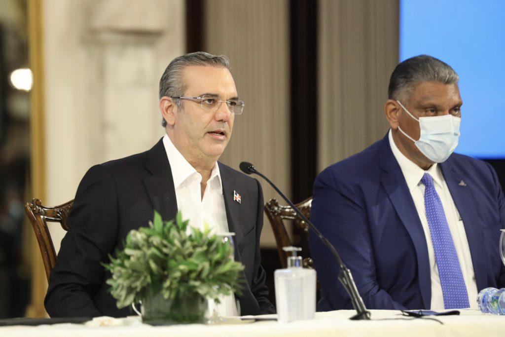 Luis Abinader encabeza actos en SAJOMA
