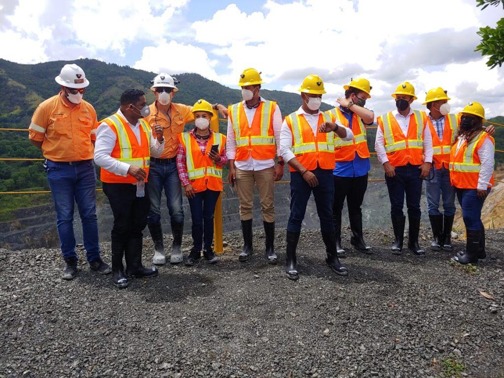 La Comisión Permanente de Energía y Minas de La Cámara de Diputados se trasladó a la mina Cerro de Maimón